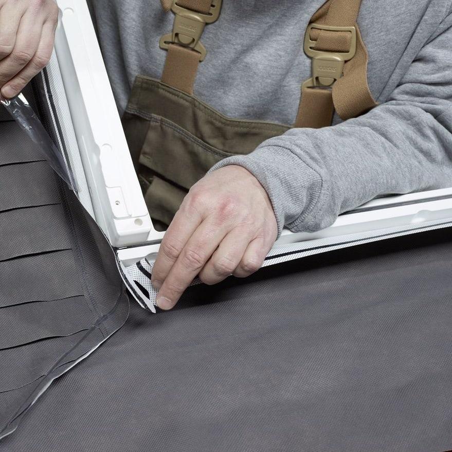 Гидроизоляционный фартук из полипропилена. Надежно соединяет мансардное окно и подкровельный гидроизоляционный материал. Можно заказать гидроизоляцию отдельно (BFX 1000).